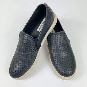 Steve Madden Womens 9 Everest Slip On Shoe Black
